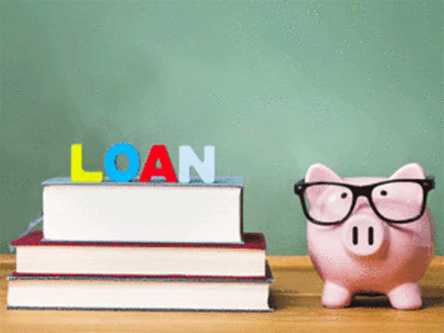 Planning a student loan? 5 essentials to keep in mind thumbnail