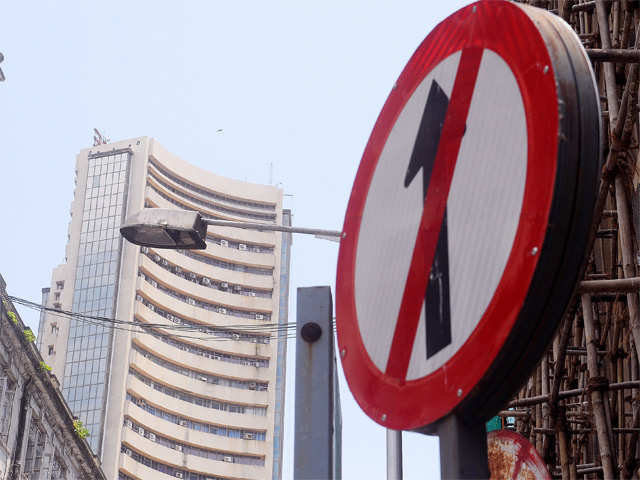 Sensex drops 100 pts, Nifty50 tests 10,750 on Trump's trade comments