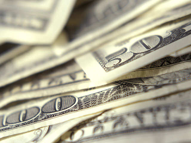 Dollar reunites with real yields, set to rise more thumbnail