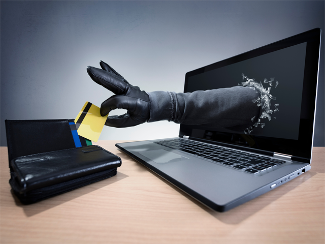1 out of 4 customers is a victim of online fraud: Experian report thumbnail