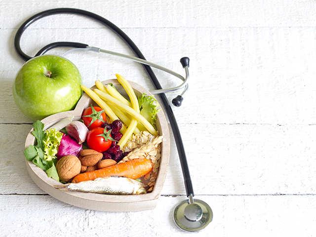 Want To Keep Diabetes Away? Eat Walnuts, Apples, Carrots