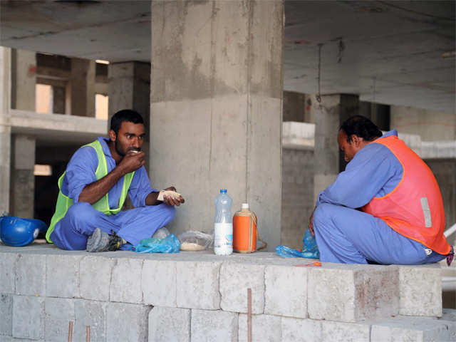 Indian workers in Gulf down by half since 2015 thumbnail