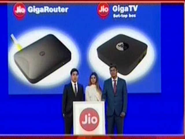 Jio: Jio Giga Fiber broadband will come with a set top box for TV