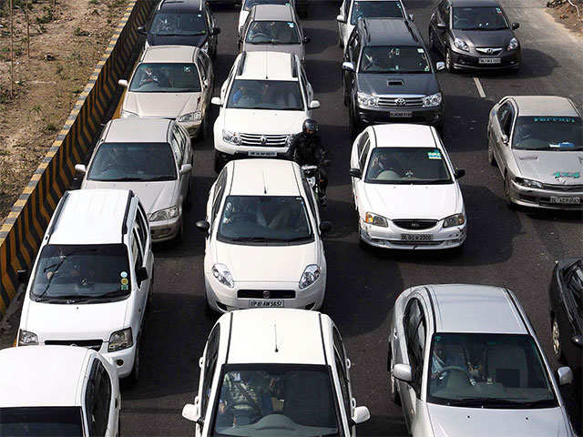 Q1 earnings preview: Low base, good rural demand to help auto firms post solid growth thumbnail
