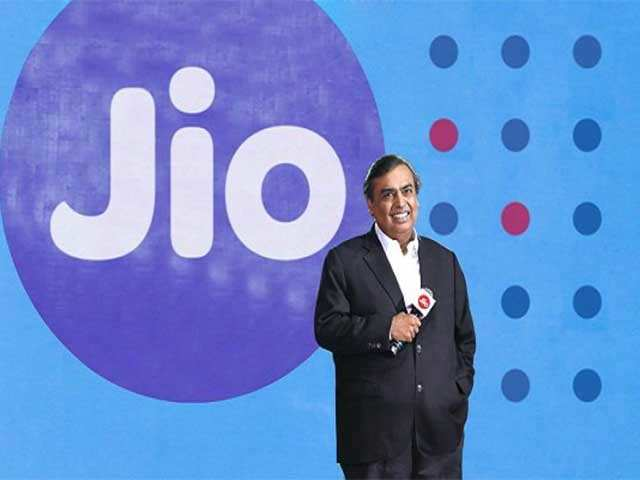 After mauling telcos, Mukesh Ambani now fires at operating systems thumbnail