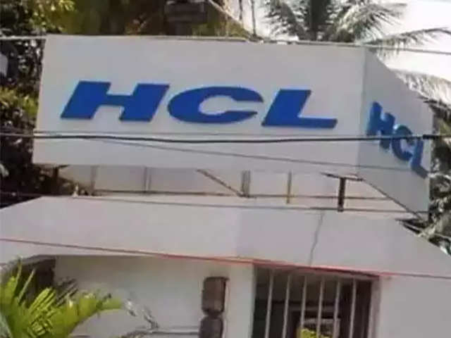 HCL Tech buyback price disappoints, stock slips 2% thumbnail