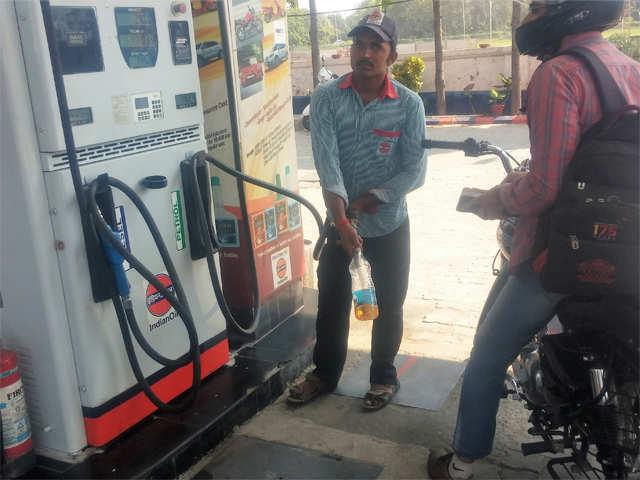 Goa top fuel guzzler, per capita petrol sales 6 times national average of 19 kg