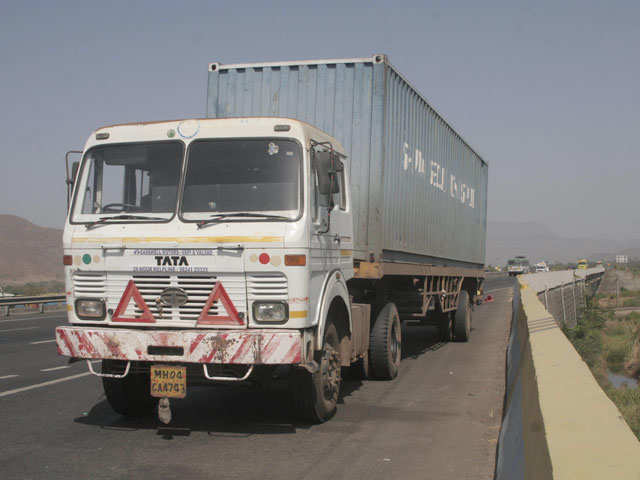 Government raises load capacity for heavy vehicles by 20-25 per cent
