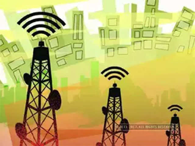 Telcos may give 700 MHz, 5G bands amiss, but raise 4G holdings: Analysts thumbnail
