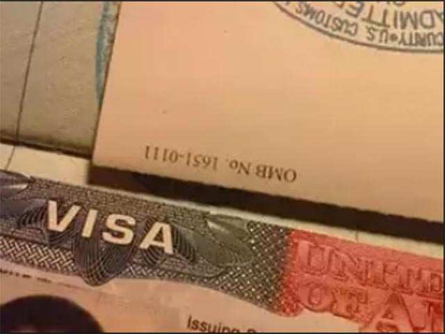 Over 21,000 Indians overstayed visas in US last year: Report thumbnail