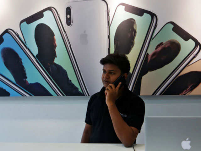 Apple's mettle in India tested in squabble over anti-spam app thumbnail