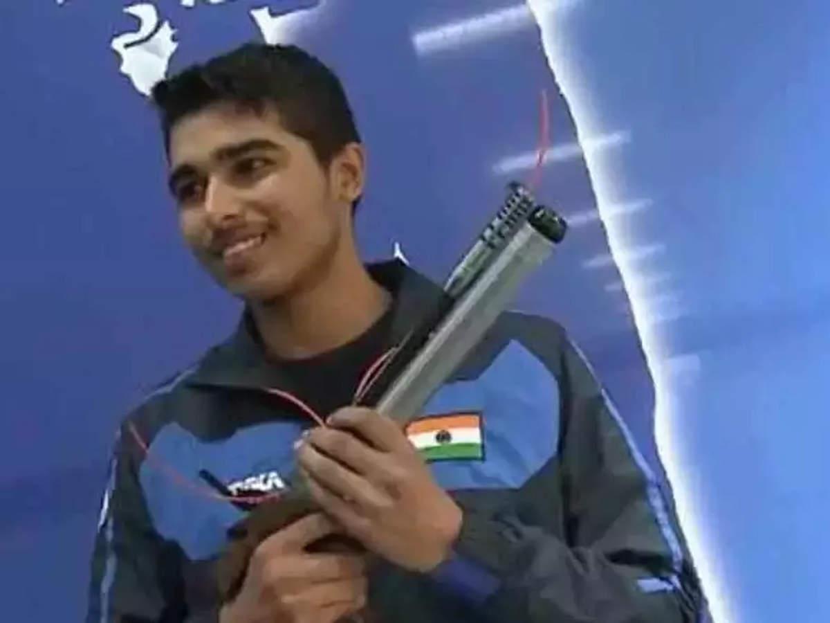 Teen shooting sensation Saurabh Chaudhary claims Asiad gold on debut thumbnail
