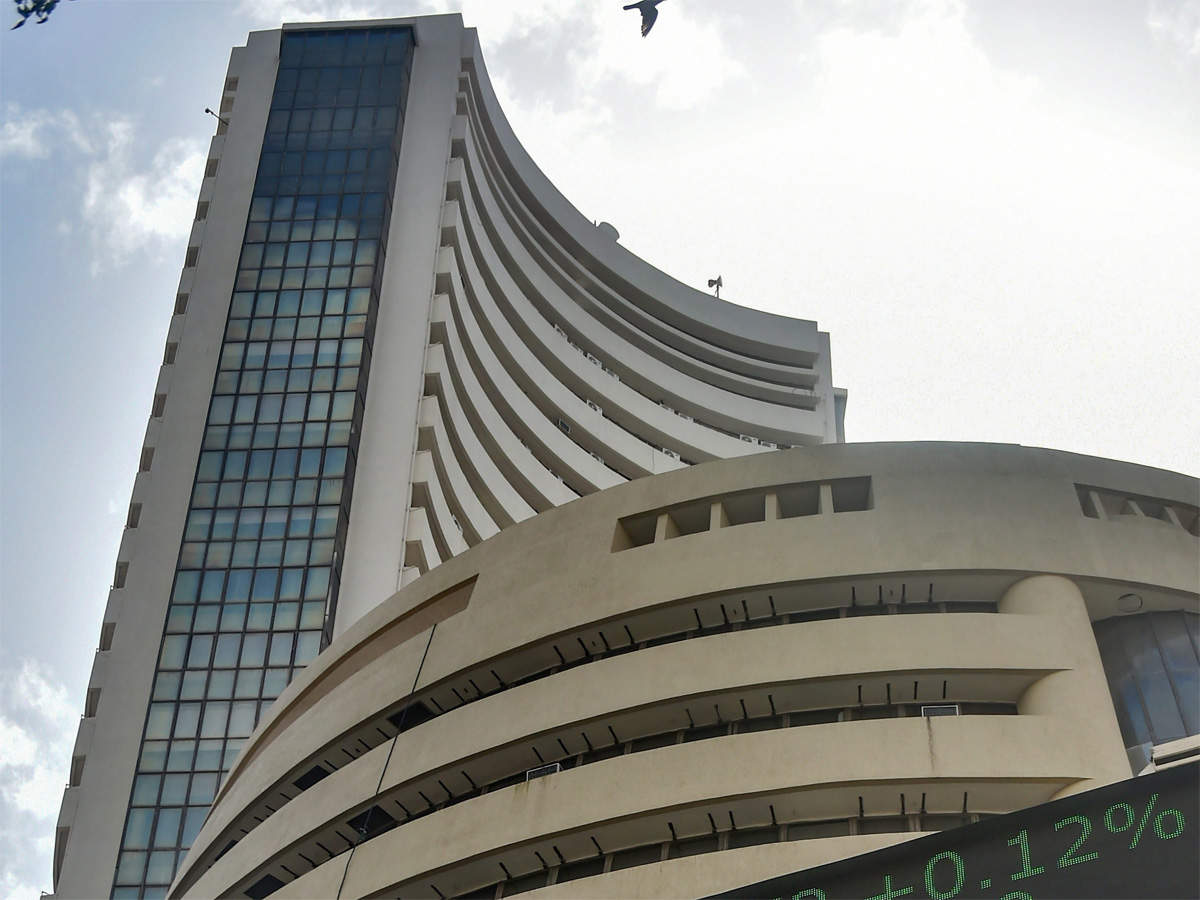 The benchmark story: How indices hoodwinked desi fund managers thumbnail