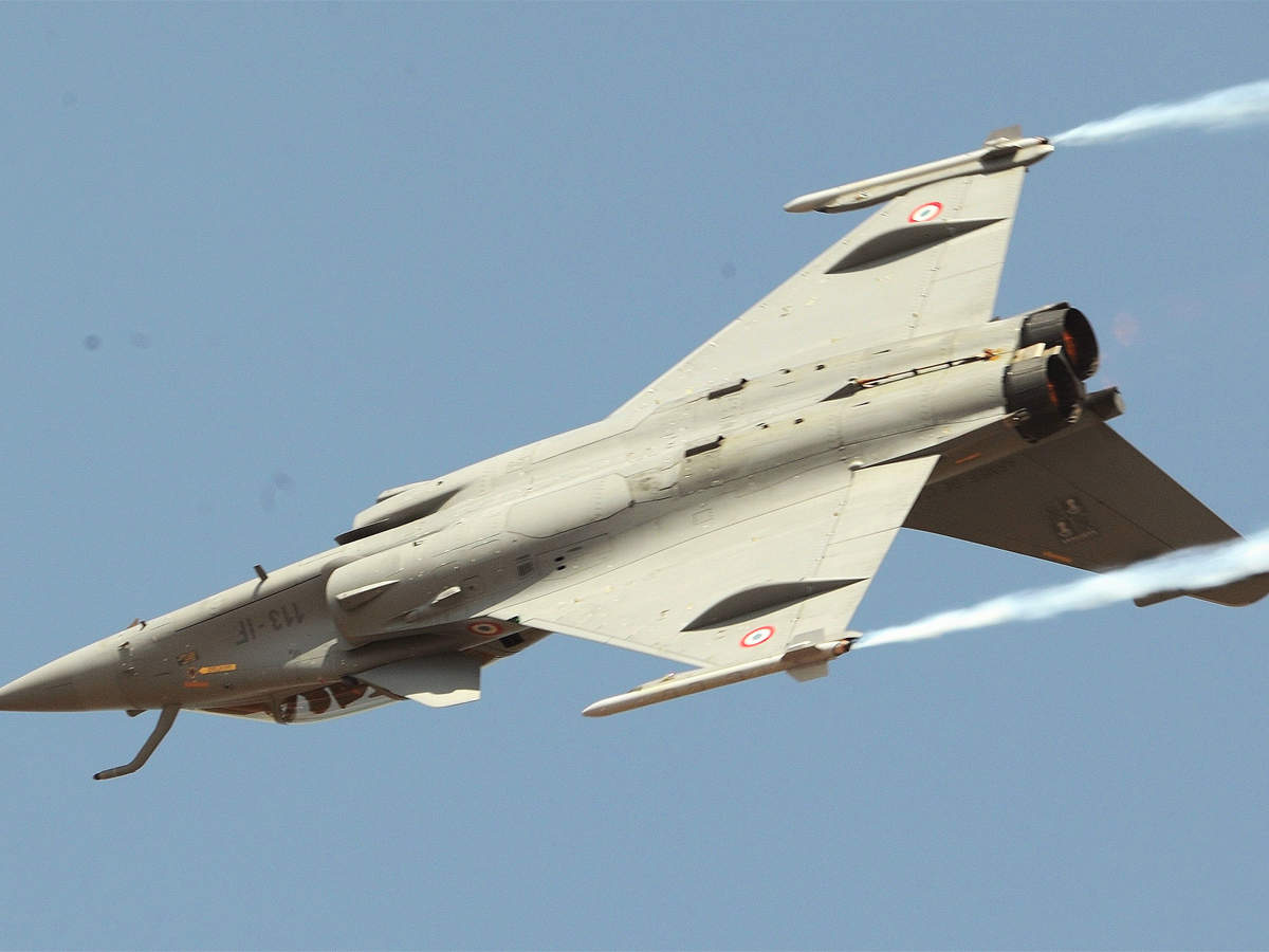 Unfazed by Rafale fire, France offers fighter for Navy