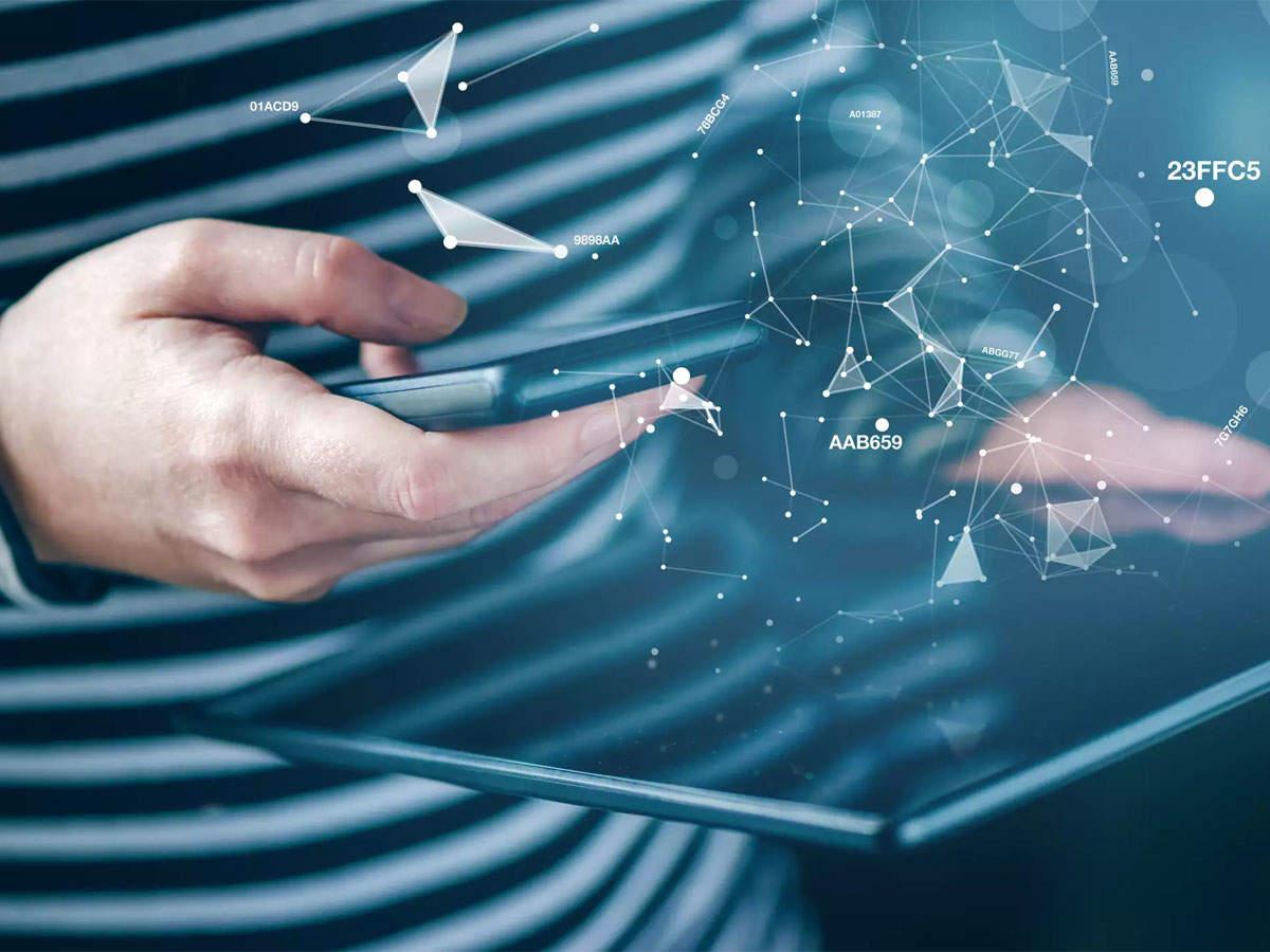 Global IT spending to grow 3.2% in 2019: Gartner thumbnail