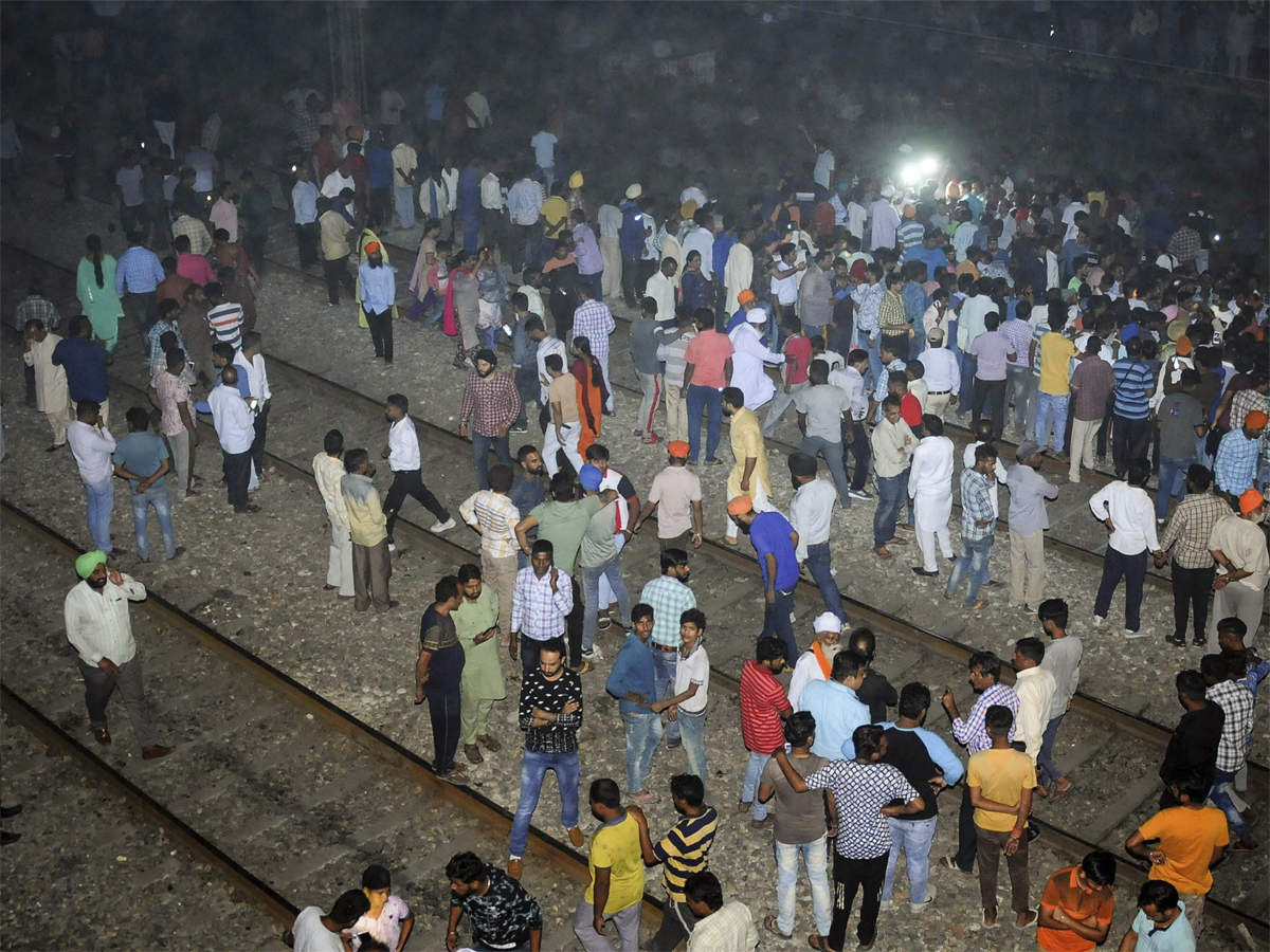 Amritsar tragedy: Railways to launch massive anti-trespassing drive, budget to be 'no constraint' thumbnail