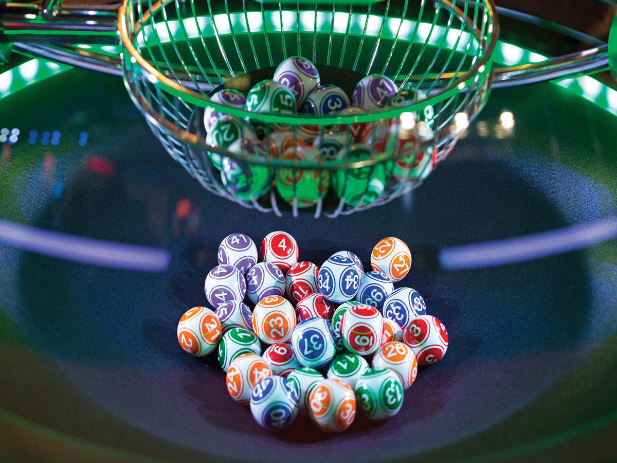 Why a lottery ticket is a cheap source of fantasy about being wealthy thumbnail