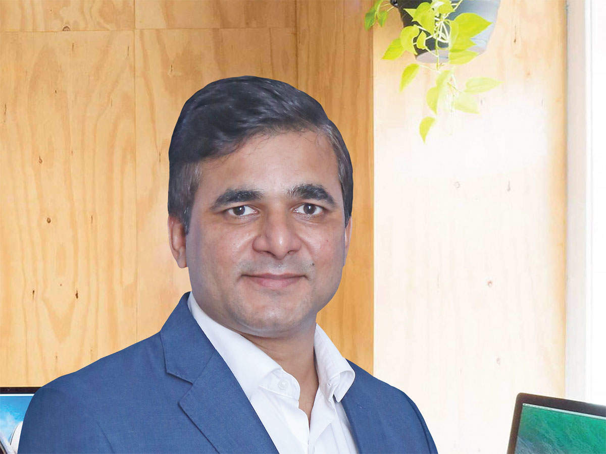 Short-term and short-term credit risk MFs look attractive: Amit Tripathi, Reliance Mutual Fund thumbnail