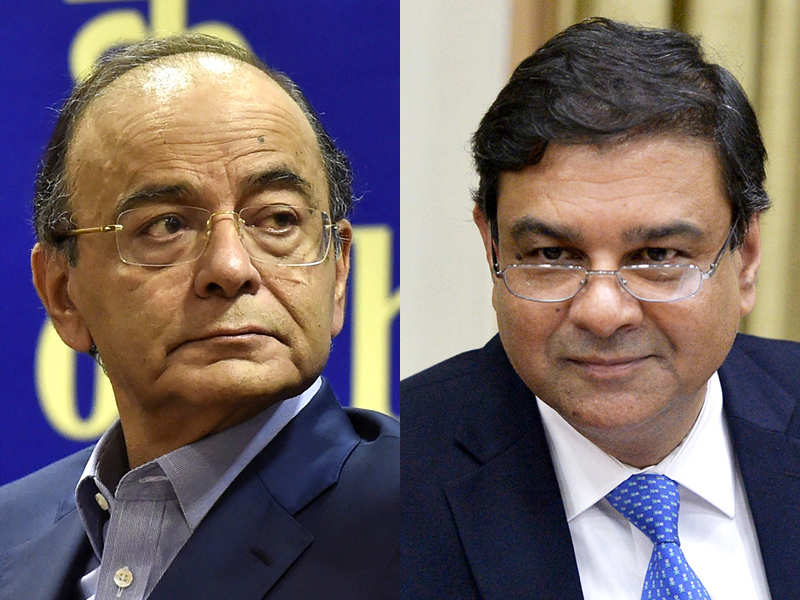 RBI vs Govt: Some in the Central Bank now ready for talks with Centre