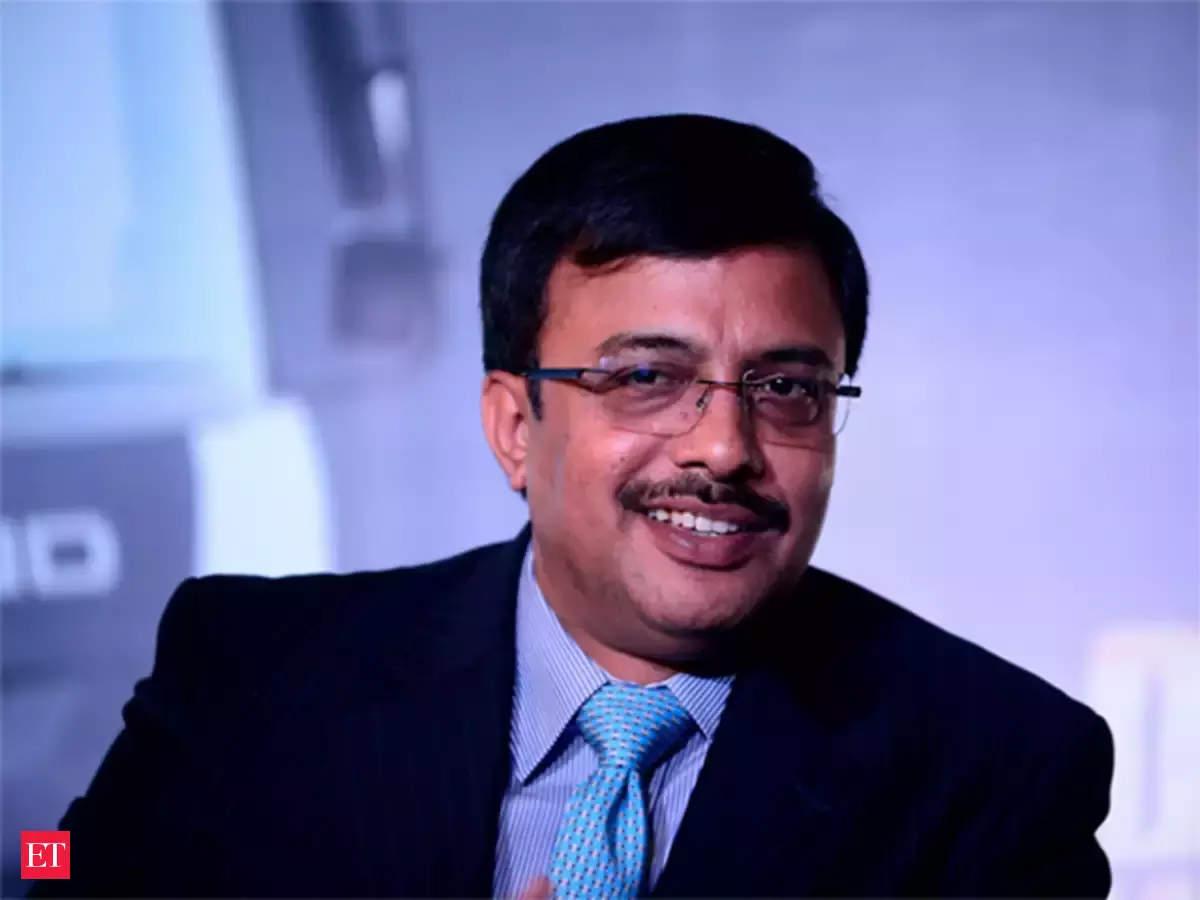 Vinod Dasari, CEO and MD of Ashok Leyland, steps down thumbnail