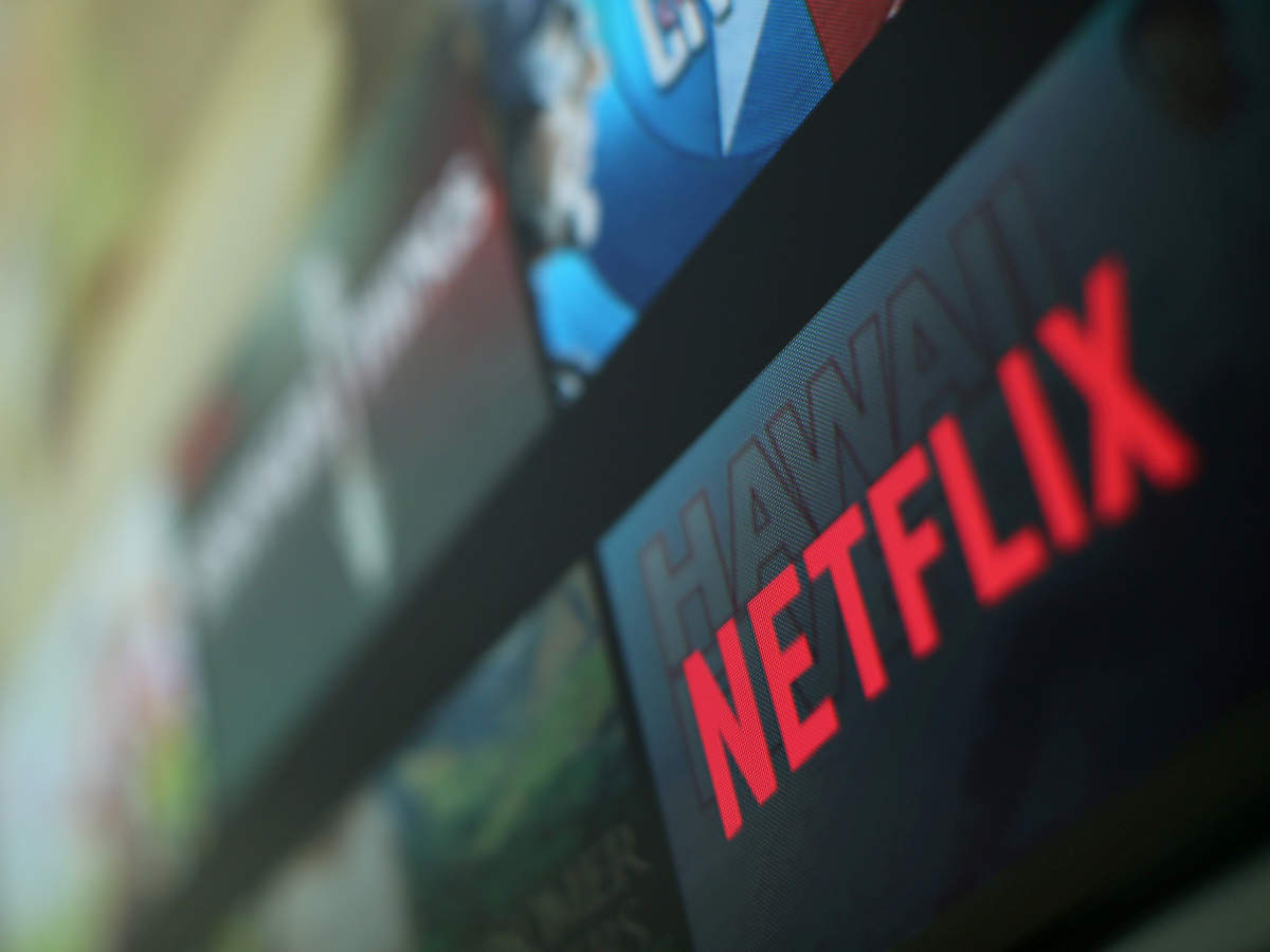 Netflix fights Murdoch for booming market in 'movie-mad' India thumbnail