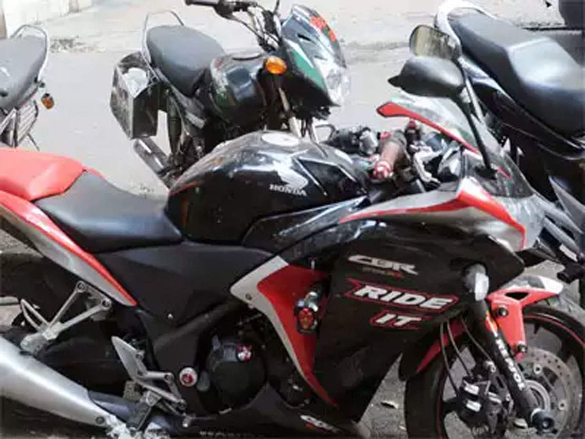 Honda cautious in taking decisions on India market over policy uncertainty: Honda Motorcycle senior executive thumbnail