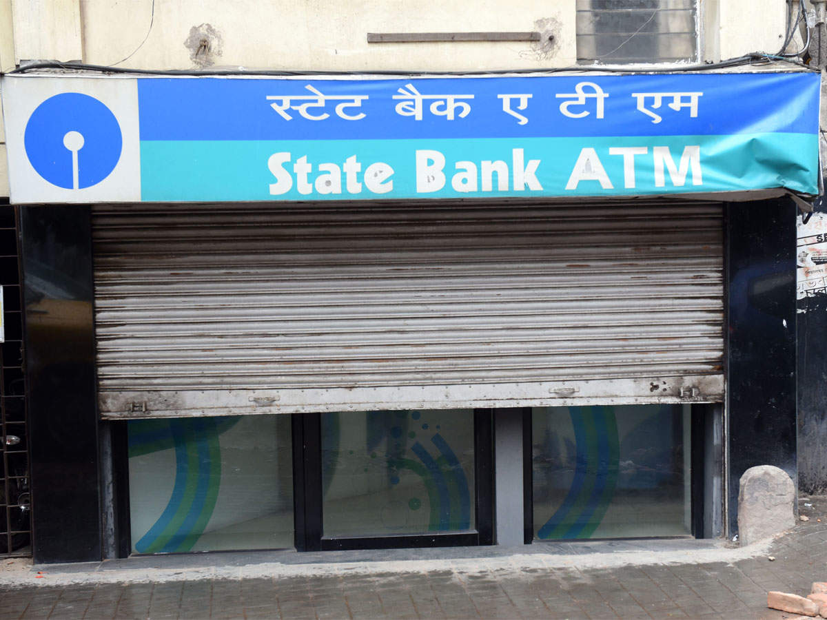 SBI's YONO suspends paperless a/c opening via Aadhaar, bank moves RBI on other options thumbnail