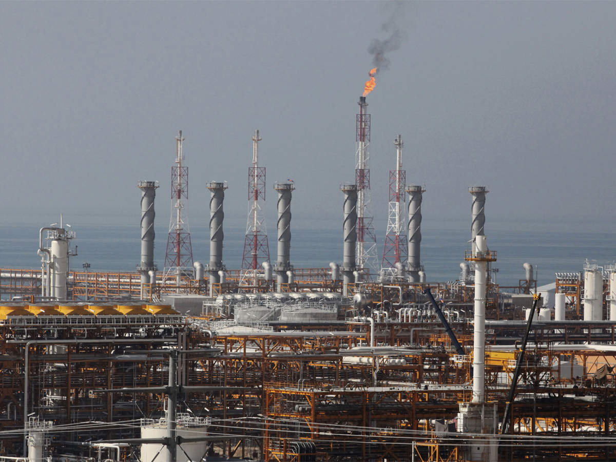 Reliance said to plan expanding world's largest refinery complex thumbnail