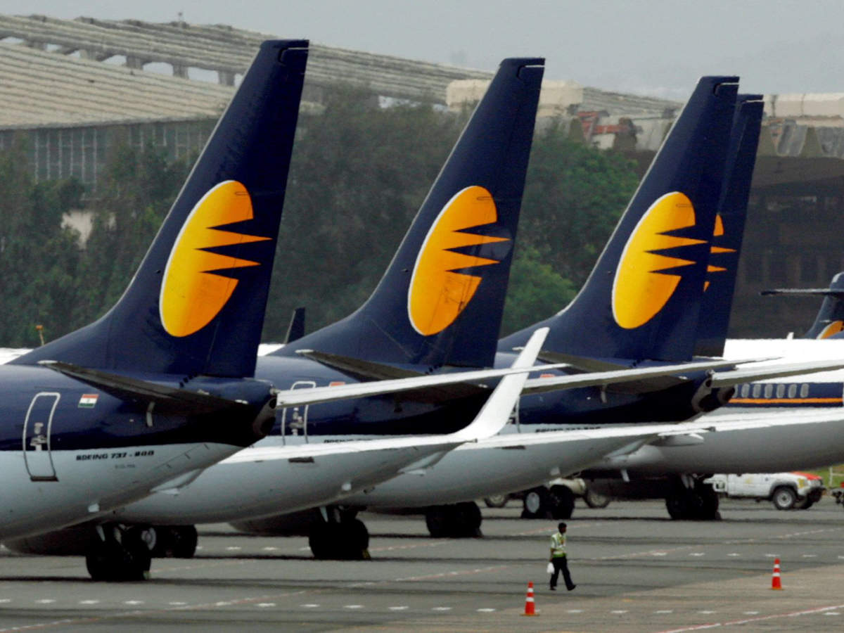 Jet Airways cancels 25 flights on Monday as pilots 'report sick' over salary thumbnail