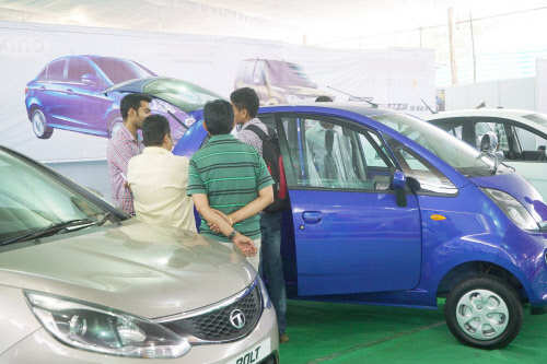 Share market update: Auto shares trade mixed; Exide Industries up 4% thumbnail
