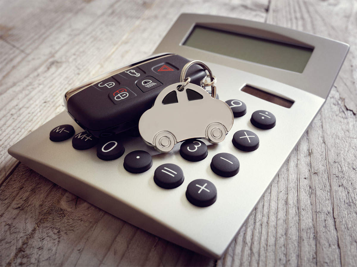 Should vehicle drivers or owners pay for third-party compensation in accidents? thumbnail