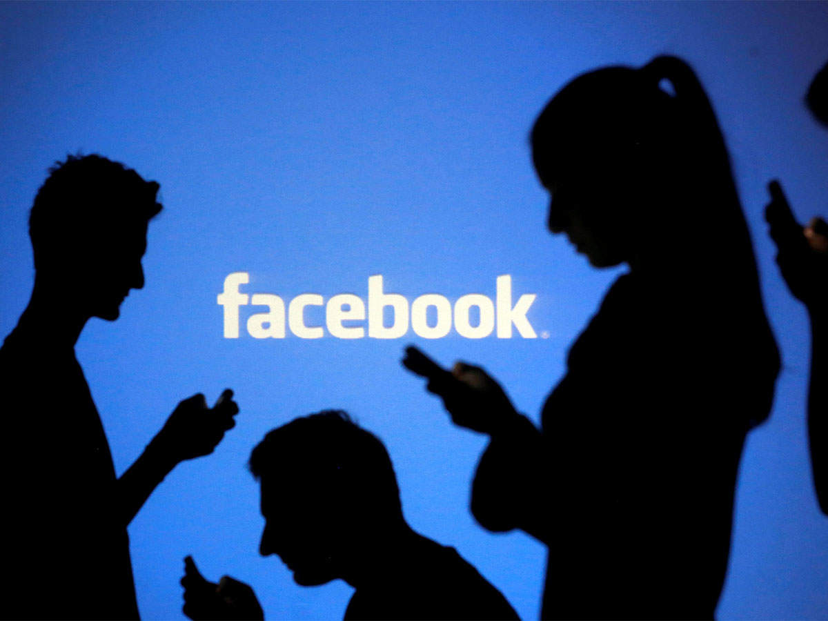 FB discovers bug that may have exposed unposted photos of 6.8 million users thumbnail
