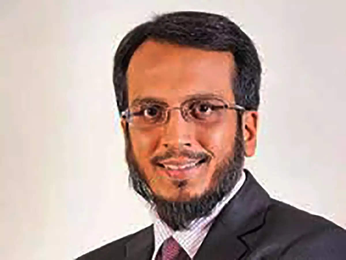 Lower commodity prices giving India an edge: Taher Badshah, Invesco MF thumbnail