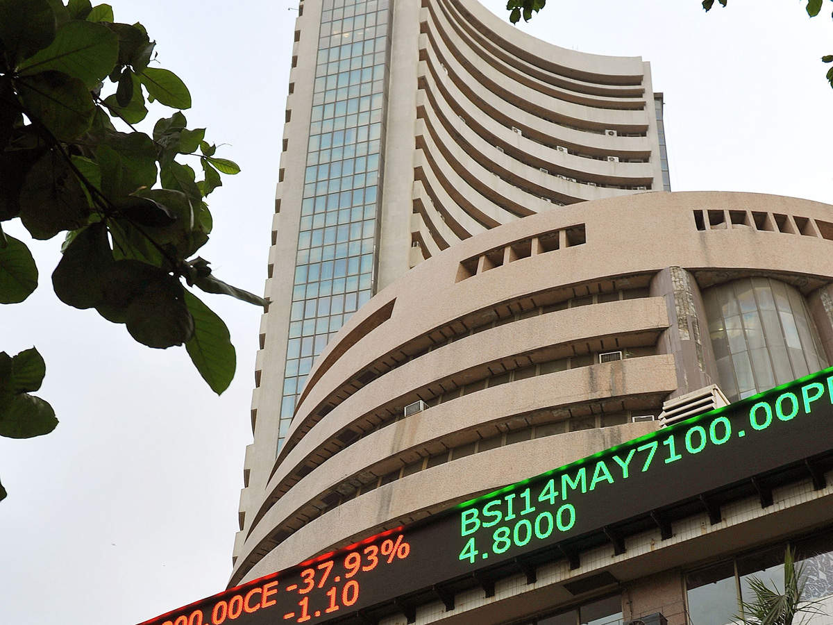 Sensex, Nifty climb for 7th day on liquidity, oil cheer