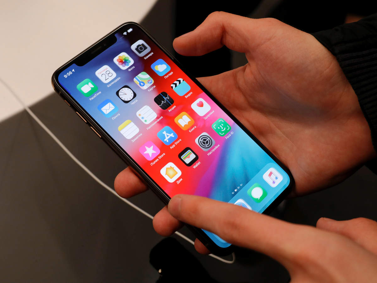 Apple wanted to use Qualcomm modems in 2018 iPhones, but chip-maker refused