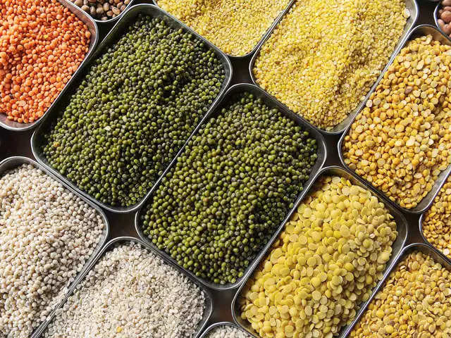 Govt allows only dal millers to import pulses under quota for second year