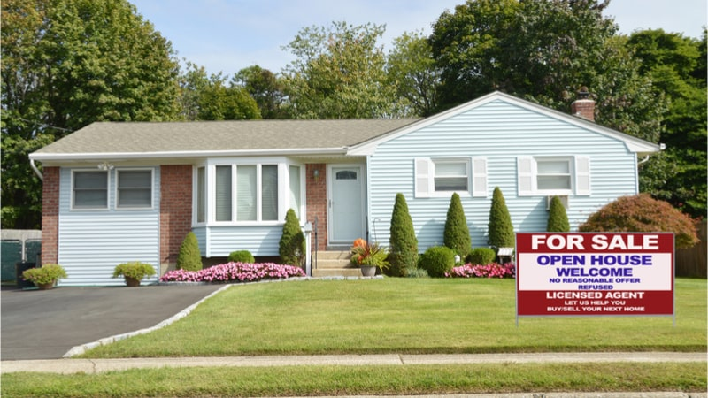 Selling Your House Avoid These Mistakes To Get A Better Deal