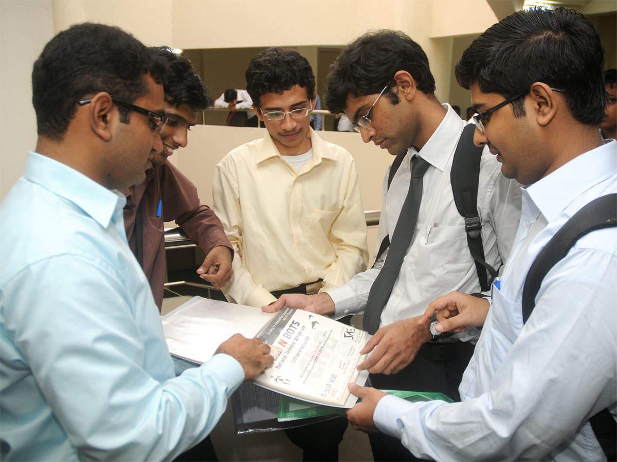 No slowdown in jobs for IITians