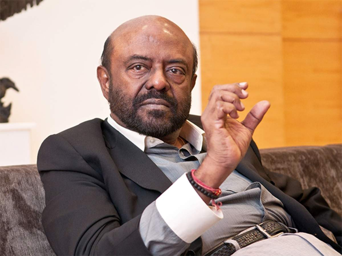 Change of guard at HCL Tech: Shiv Nadar steps down as chairman, daughter Roshni takes over