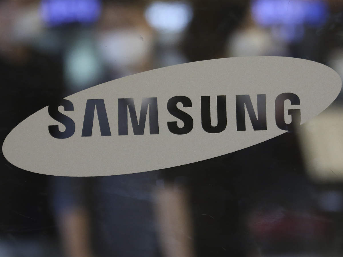 Samsung regains top spot in overall handset space, narrows gap with Xiaomi in smartphones: IDC