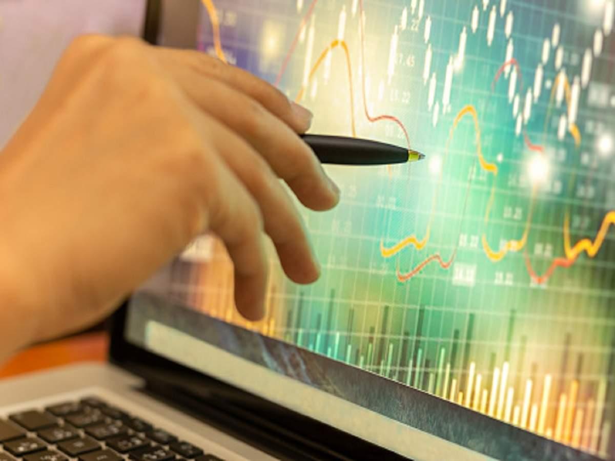 DLF shares  decline  5.11% as Sensex  slides