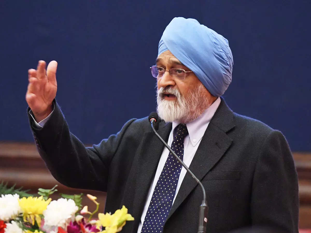 Low private investment is a weak spot in the economy: Montek Singh Ahluwalia