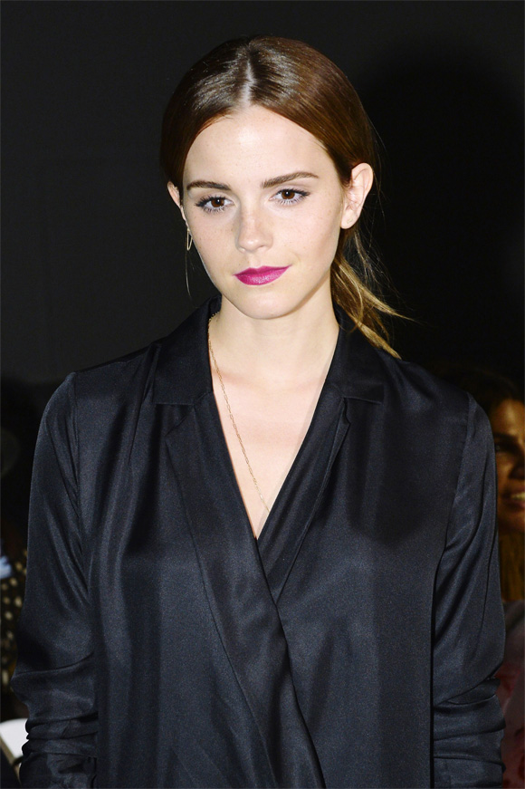 Threat to post nude photos of Emma Watson apparently a