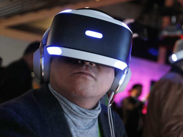 Virtual reality headsets_ap