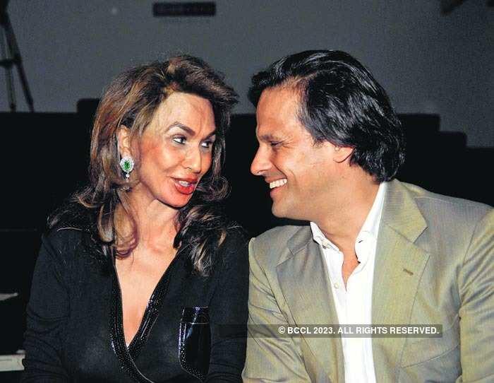 Parmeshwar Godrej with Arun Nayar (Elizabeth Hurley's ex husband)