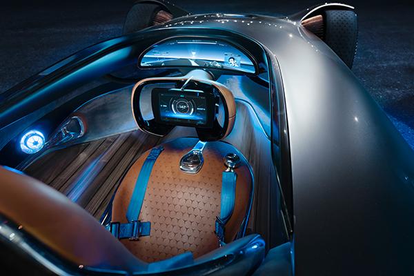 Eq Silver Arrow Mercedes Benz Eq Silver Arrow Concept Pays Homage To Brand S Original W 125 Race Car The Economic Times