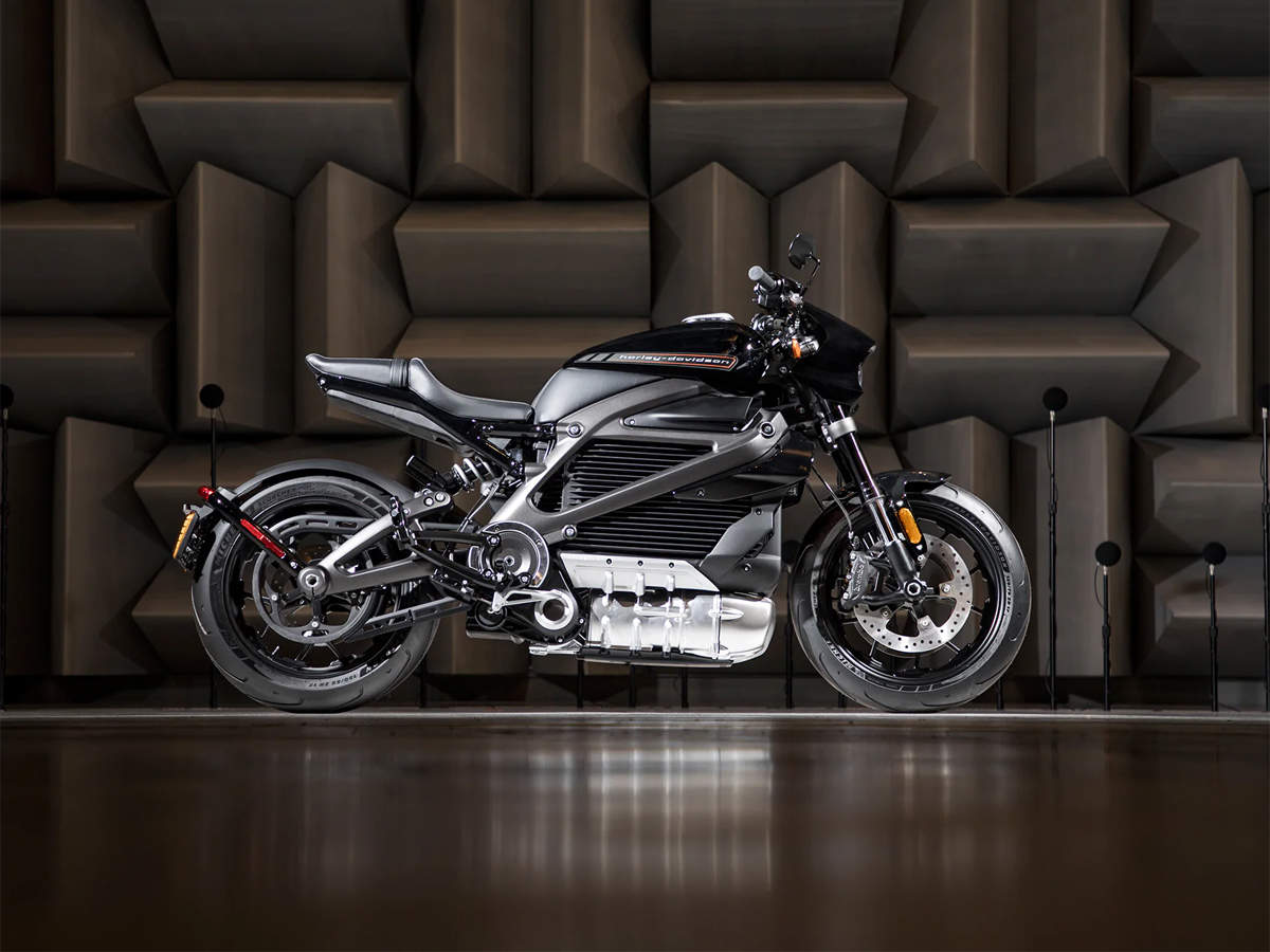 EICMA: BMW S 1000 RR, Suzuki KATANA: Hottest motorcycles