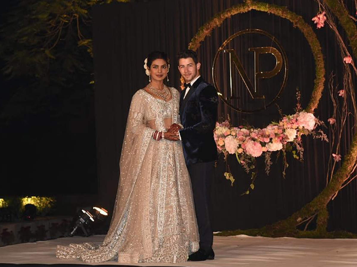 Priyanka-Nick Delhi reception: Stage is set for the newly-weds