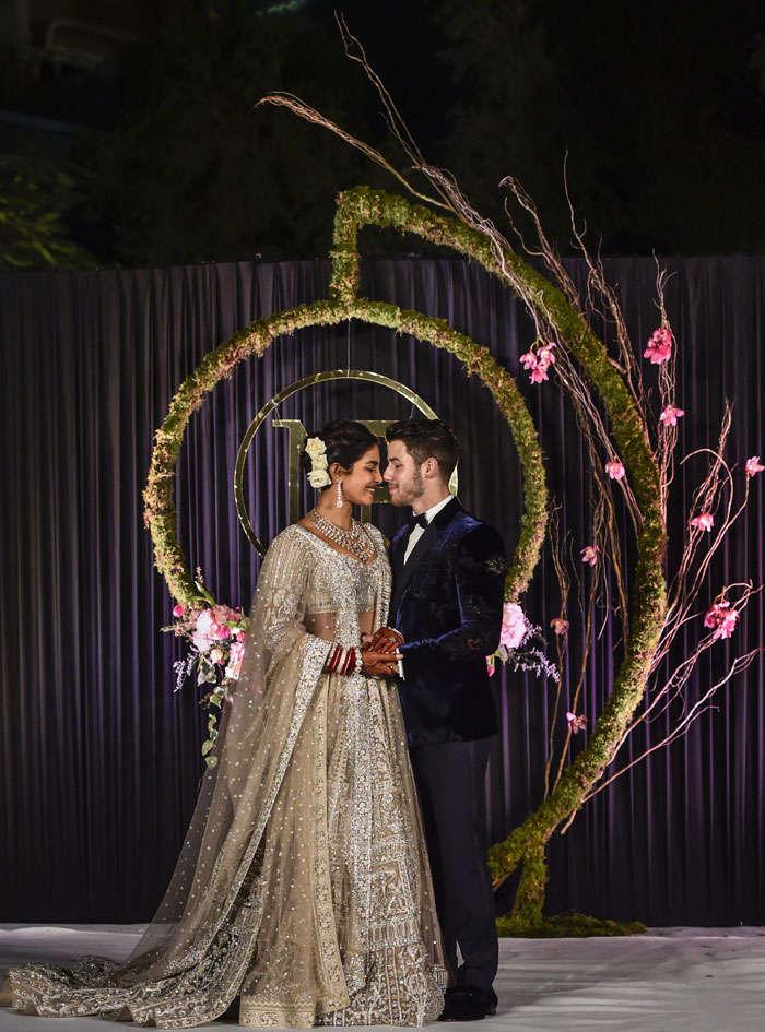 Priyanka-Nick dazzle at Delhi reception; Mama Jonas, Sophie Turner go traditional