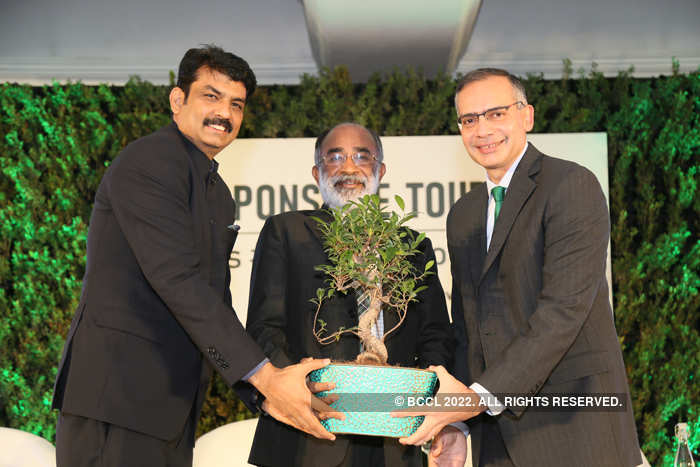(From right to left) MakeMyTrip founder Deep Kalra, Minister of State for Tourism KJ Alphons and MMT CEO India Rajesh Magow at the One Million Tree Milestone Event in Delhi